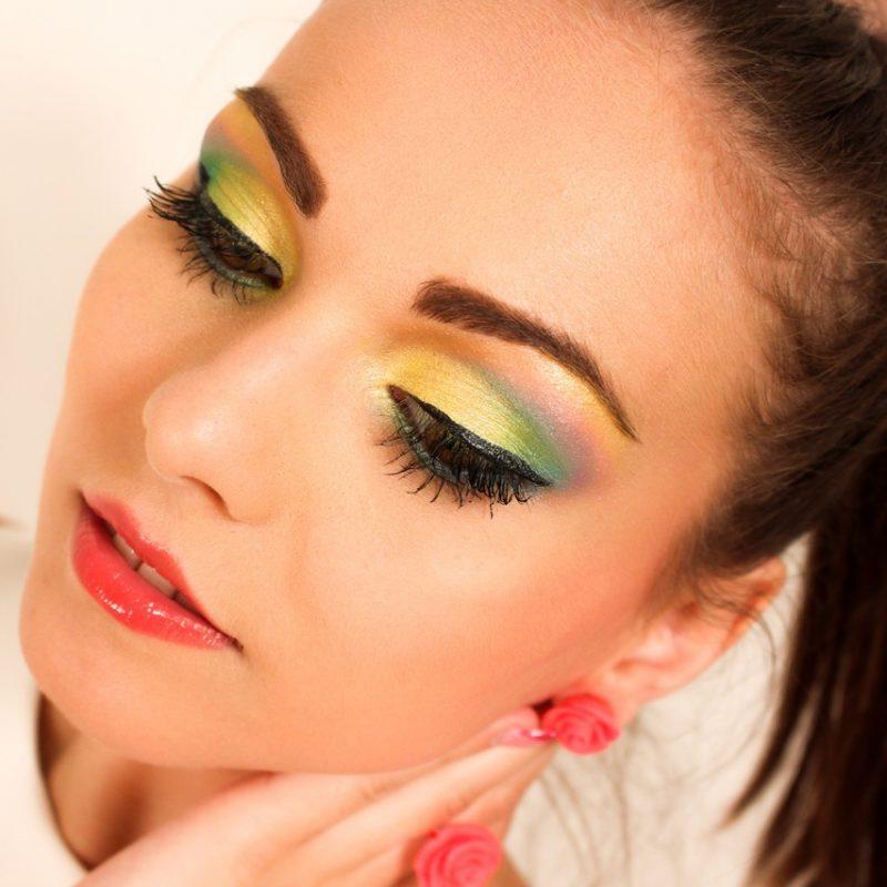 Arya makeup girl