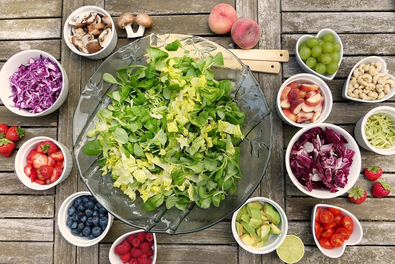 Green vegetables around us